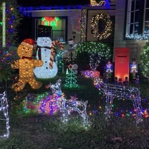 Christmas Light display at 35 Fellows Street, Mitcham